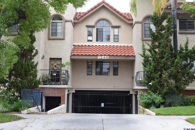 Glendale Condo/Townhouse Active Under Contract: 1245 Orange Grove Avenue #208