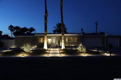 Palm Springs Single Family Home For Sale: 2344 East Francis Drive