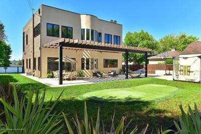 La Canada Flintridge Single Family Home For Sale: 911 Milmada Drive