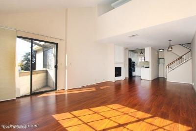 Monrovia Condo/Townhouse For Sale: 221 Violet Avenue #D