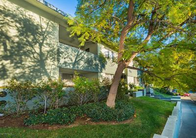 South Pasadena Condo/Townhouse For Sale: 330 Raymondale Drive #1