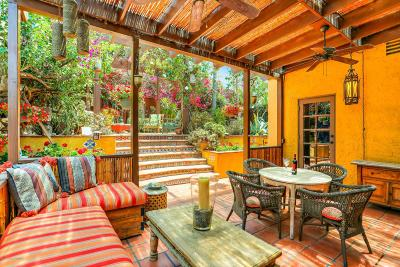 Los Angeles County Single Family Home For Sale: 6105 Mount Angelus Drive
