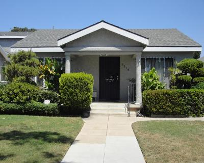 Los Angeles Single Family Home For Sale: 2914 Edgehill Drive