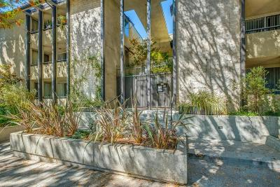 Pasadena Condo/Townhouse For Sale: 211 South Wilson Avenue #202