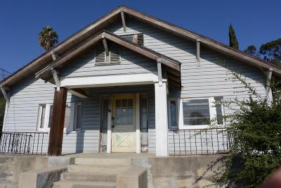 Los Angeles Single Family Home For Sale: 2409 Crestmoore Place