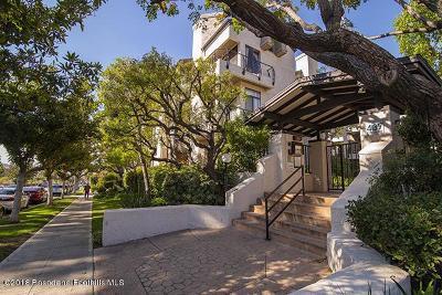 Burbank Condo/Townhouse For Sale: 437 East Palm Avenue #307