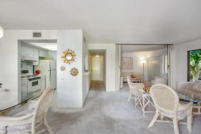 Palm Springs Condo/Townhouse For Sale: 1111 East Ramon Road #85
