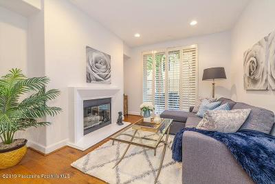 Sherman Oaks Condo/Townhouse For Sale: 14412 Killion Street #104