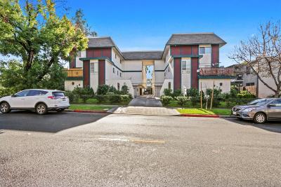 Glendale Condo/Townhouse For Sale: 408 Burchett Street #15