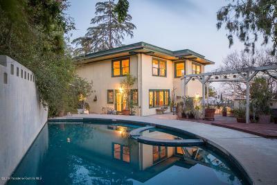 Single Family Home For Sale: 2516 Hollyridge Drive