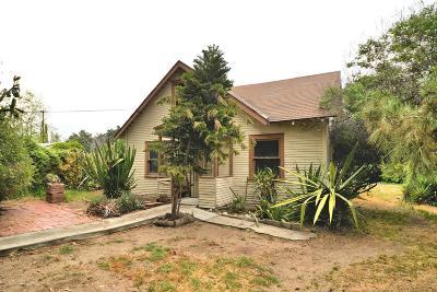 Altadena Single Family Home For Sale: 2220 Glenrose Avenue