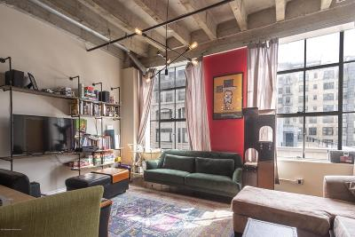 Los Angeles County Single Family Home Active Under Contract: 312 West 5th Street #613