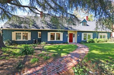 Altadena Single Family Home For Sale: 2555 North Altadena Drive