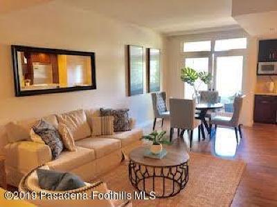 Pasadena Condo/Townhouse For Sale: 920 Granite Drive #106