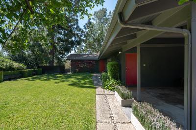 Altadena Single Family Home Active Under Contract: 1604 Woodglen Lane