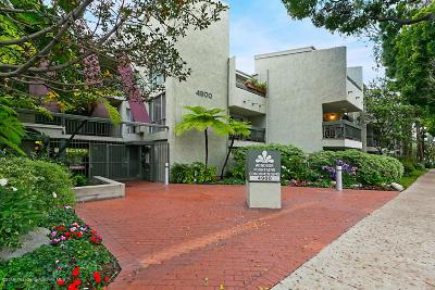Los Angeles County Condo/Townhouse For Sale: 4900 Overland Avenue #103