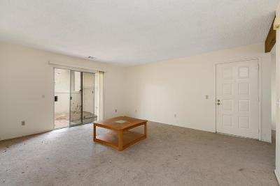 Moorpark Condo/Townhouse Active Under Contract: 15210 Campus Park Drive #C