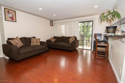 Condo/Townhouse For Sale: 14803 Vanowen Street #2