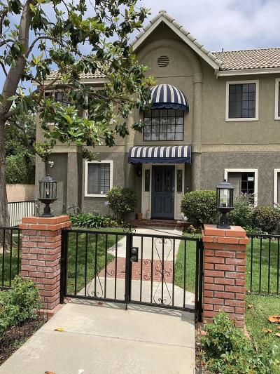 Pasadena Condo/Townhouse Active Under Contract: 2417 Oneida Street #B