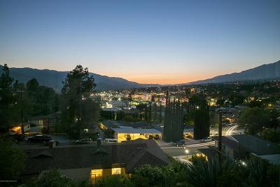 Glendale Condo/Townhouse Active Under Contract: 2313 Rosecrest Drive #4