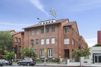 Pasadena Condo/Townhouse Active Under Contract: 139 South Los Robles Avenue #104