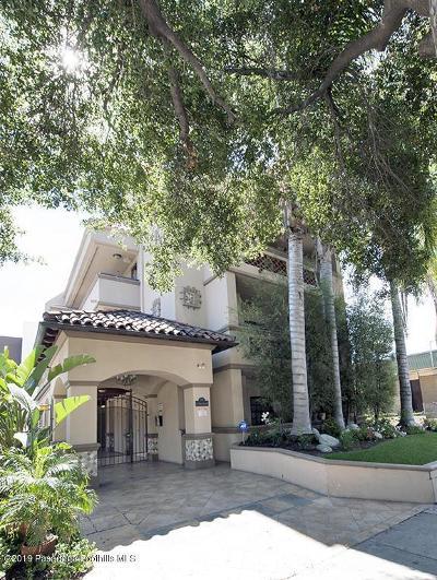 Pasadena Condo/Townhouse For Sale: 156 South Oak Knoll Avenue #210