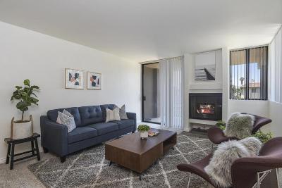 Canoga Park Condo/Townhouse For Sale: 7826 Topanga Canyon Blvd Boulevard #212
