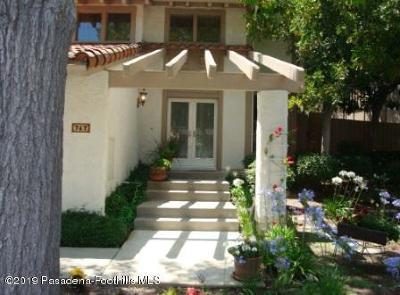 Westlake Village Condo/Townhouse For Sale: 747 North Valley Drive