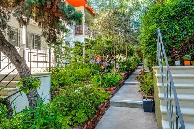 Los Angeles CA Condo/Townhouse For Sale: $489,000