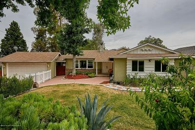 Glendale Single Family Home Active Under Contract: 3344 Santa Carlotta Street