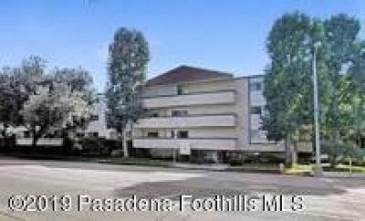 Pasadena Condo/Townhouse For Sale: 2386 East Del Mar Boulevard #221