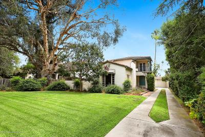 Los Angeles County Single Family Home For Sale: 950 North Holliston Avenue