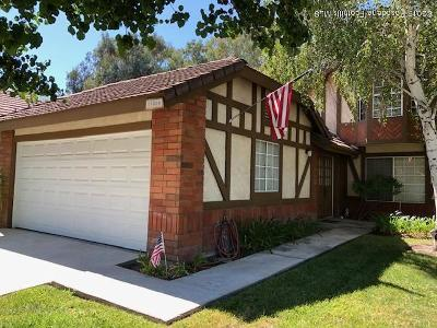 Canyon Country Condo/Townhouse For Sale: 19866 Collins Road