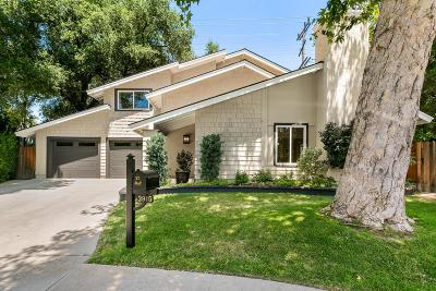 La Crescenta Single Family Home Active Under Contract: 3915 Park Vista Place