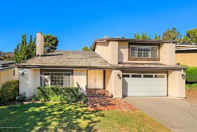La Crescenta Single Family Home For Sale: 2933 Mountain Pine Drive