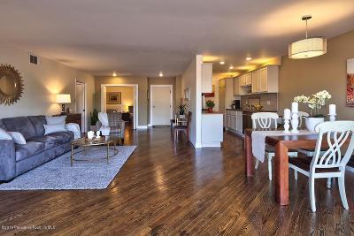 Pasadena Condo/Townhouse For Sale: 266 South Madison Avenue #302