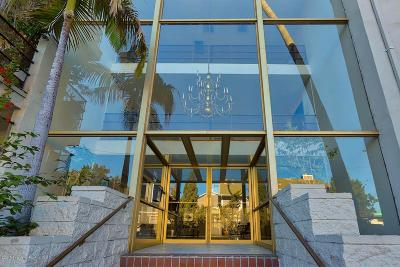 Los Angeles County Condo/Townhouse For Sale: 4445 Cartwright Avenue #216