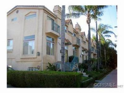 Condo/Townhouse Sold: 7267 Corbin Avenue #H