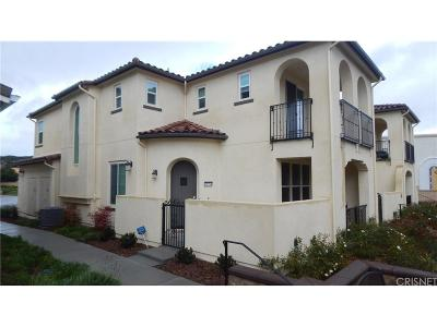 Valencia Condo/Townhouse For Sale: 28754 Calle De La Paz Drive