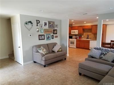 Newhall CA Condo/Townhouse Closed: $355,000