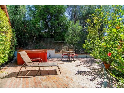 Woodland Hills Single Family Home For Sale: 5145 Marmol Drive
