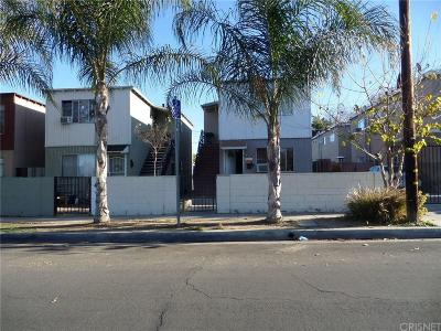 Newhall Single Family Home For Sale: 24242 Pine Street