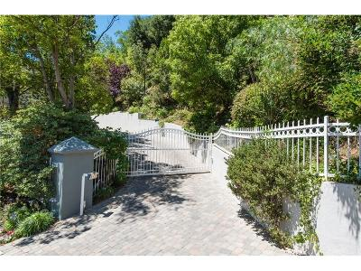 Sunset Strip - Hollywood Hills West (C03) Single Family Home For Sale: 7718 Skyhill Drive
