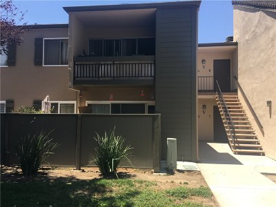 Valencia Condo/Townhouse For Sale: 24431 Trevino Drive #V5