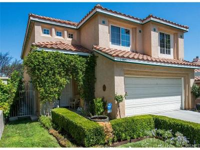 Newhall Single Family Home For Sale: 25915 San Clemente Drive