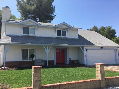 Saugus Single Family Home For Sale: 28137 Oaklar Drive