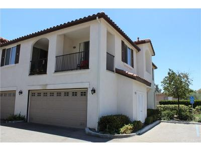 Canyon Country Condo/Townhouse For Sale: 28010 Catherine Drive
