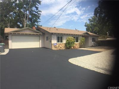 Newhall Single Family Home For Sale: 24728 Kansas Street