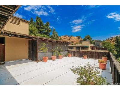 Hollywood Hills Condo/Townhouse For Sale: 6702 Hillpark Drive #505