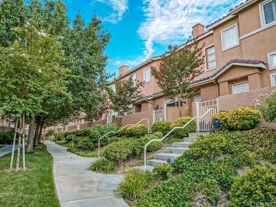 Stevenson Ranch Condo/Townhouse For Sale: 25754 Perlman Place #C